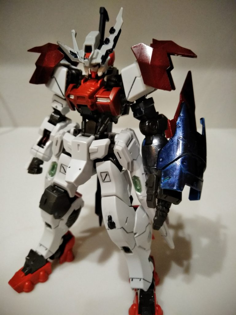 ガンダムアスタロト 鎧式/クリムゾンエッジ アピールショット1
