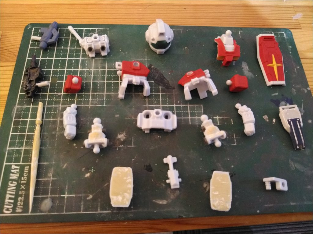 マイクロウォーズ2 GM  ホワイトディンゴ隊仕様 制作工程1