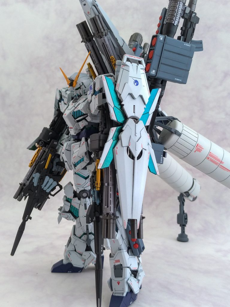 Full Armor UNICORN GUNDAM(add AADE) アピールショット4