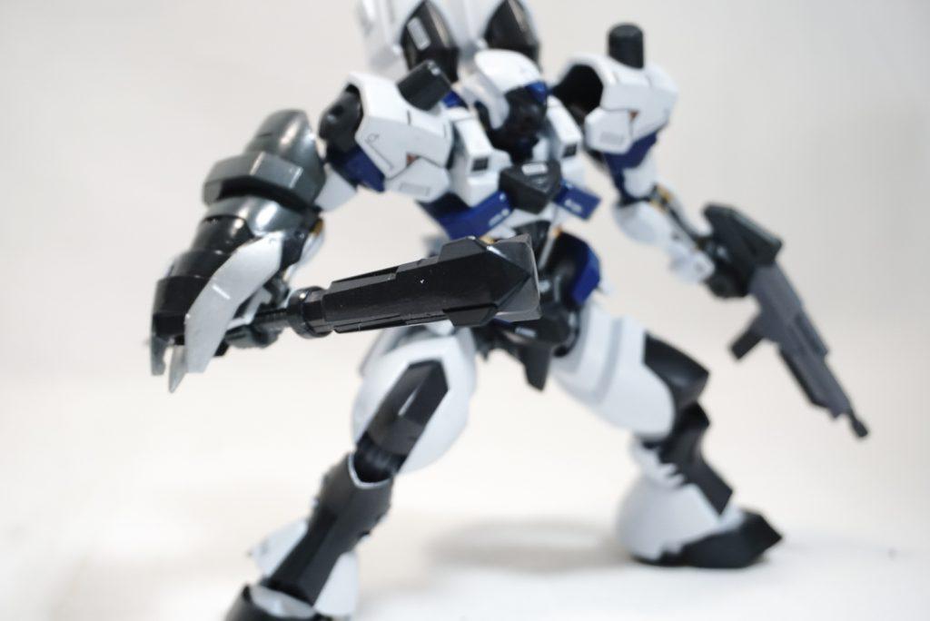 """拠点防衛型機 """"白影"""" アピールショット7"""