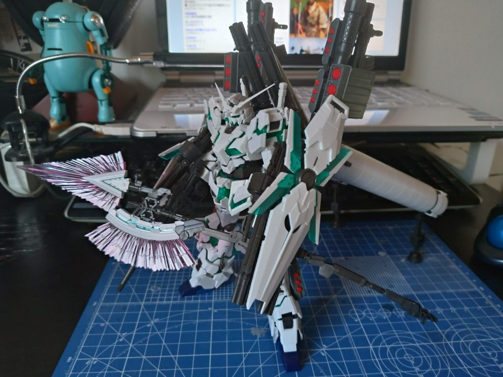 Full Armor UNICORN GUNDAM(add AADE) 制作工程1