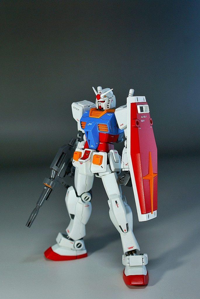 "HGUC RX-78-2 ""GUNDAM"" アピールショット1"
