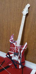 ギター(EVH Striped)