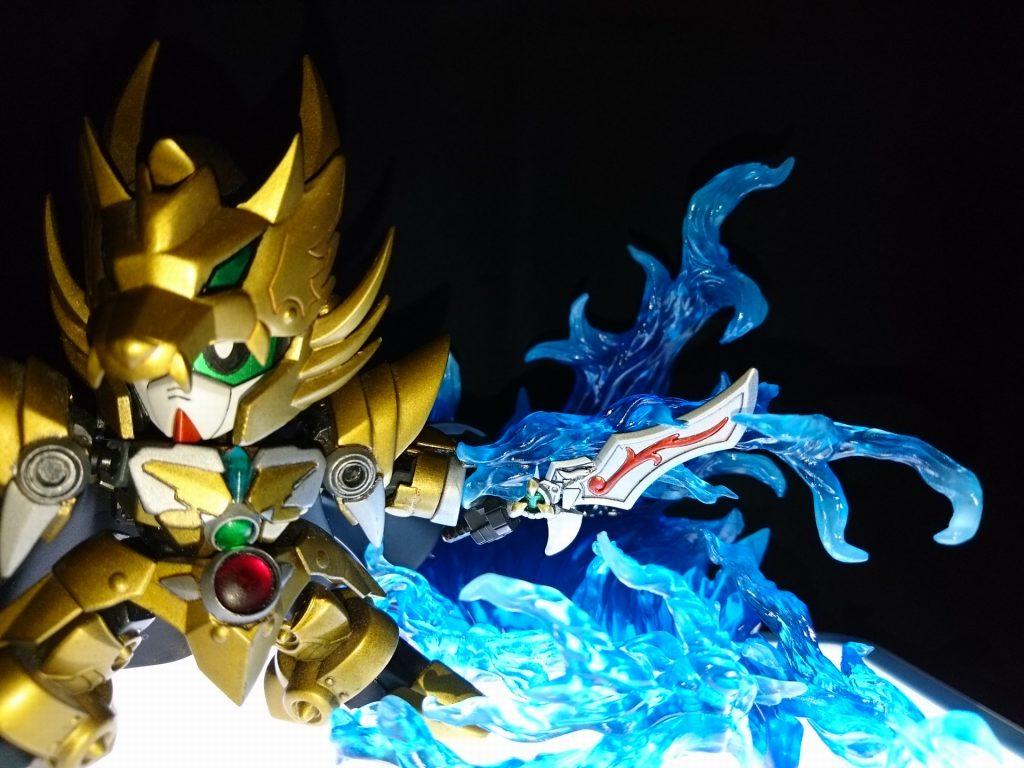 黄金の騎士 -双烈融身- アピールショット1