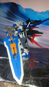Comet  γῆ  Freedom Gundam