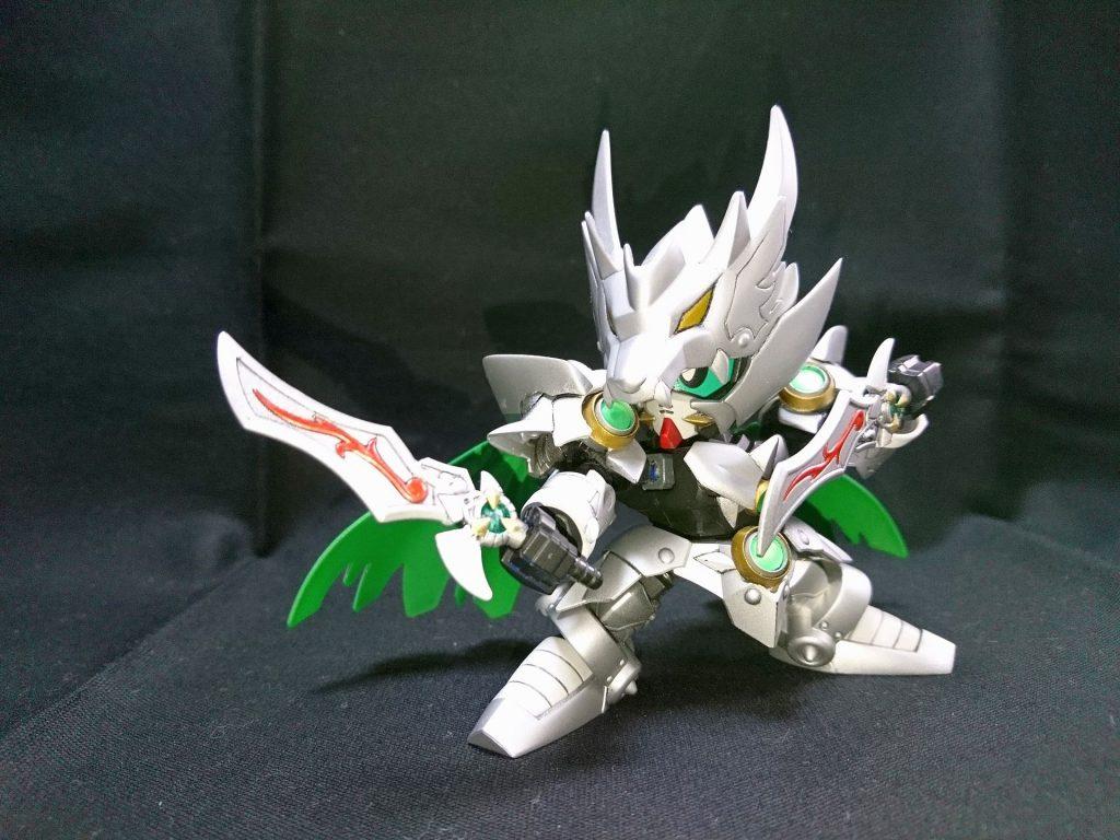白銀の騎士 アピールショット1