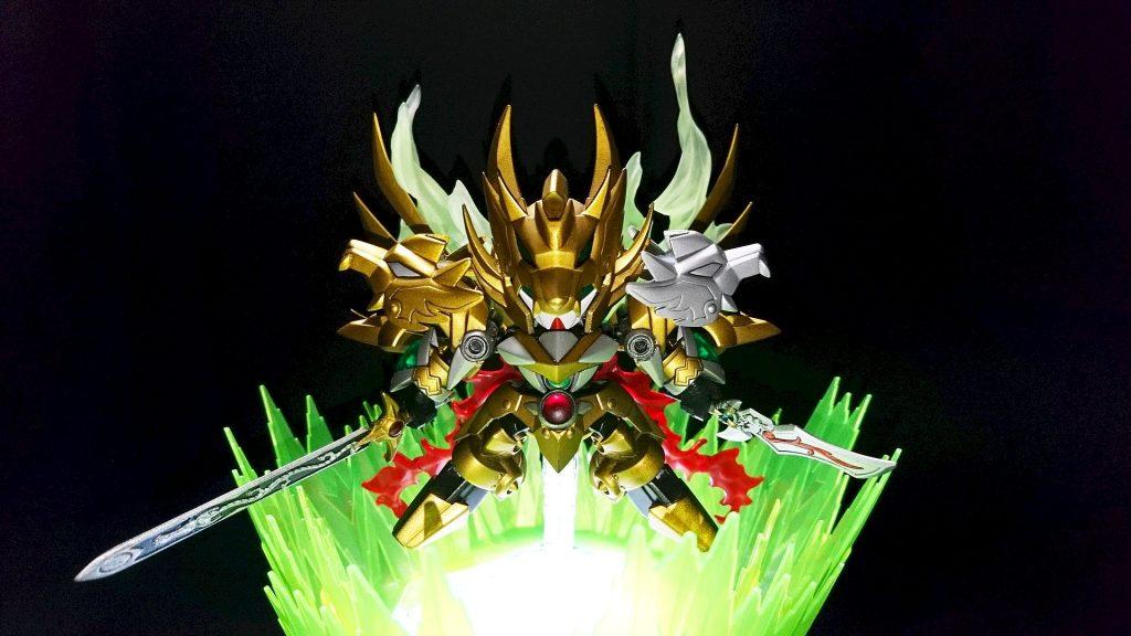 黄金の騎士 -双烈融身-