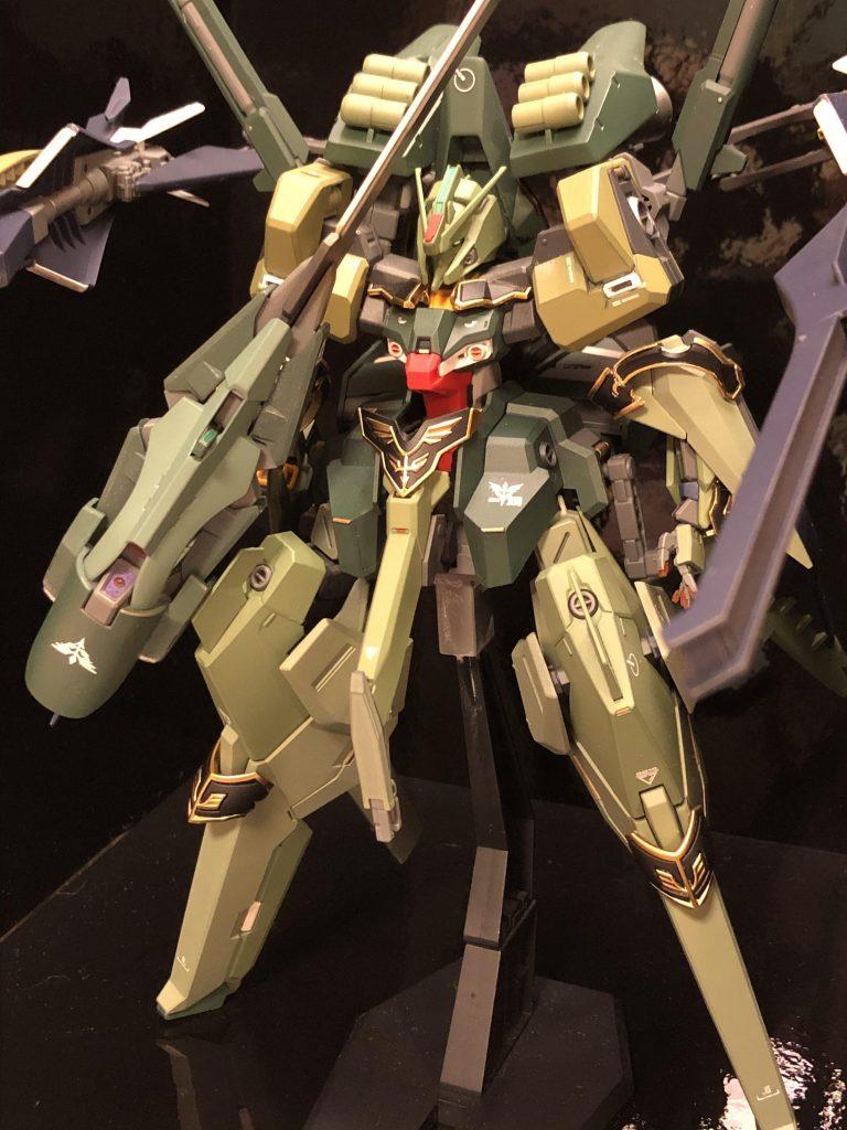 TR-6  [ハイゼンスレイII/ネオジオン譲渡仕様] アピールショット6