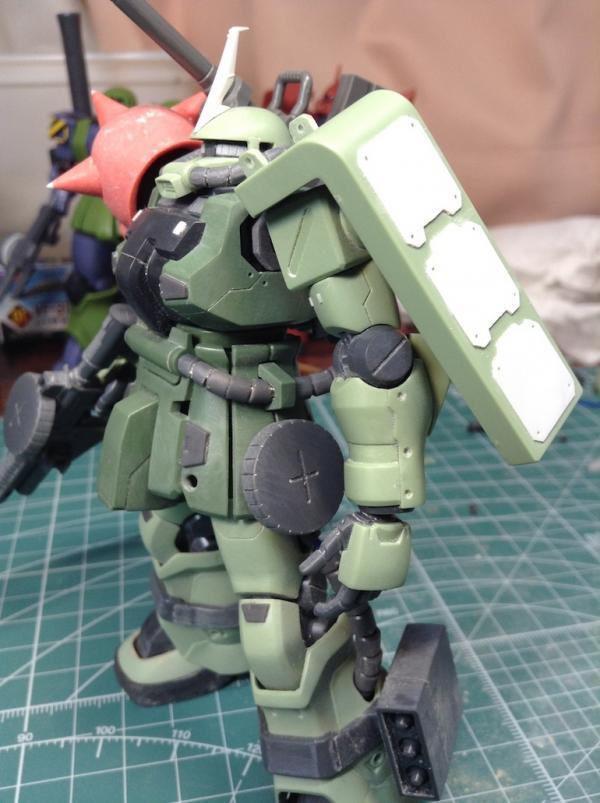 HGUC F2ザク(砲撃戦装備仕様) 制作工程1