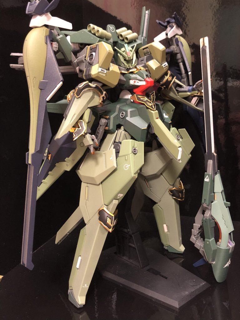 TR-6  [ハイゼンスレイII/ネオジオン譲渡仕様] アピールショット2