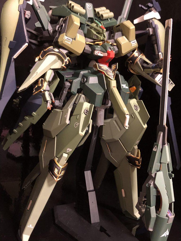 TR-6  [ハイゼンスレイII/ネオジオン譲渡仕様] アピールショット1
