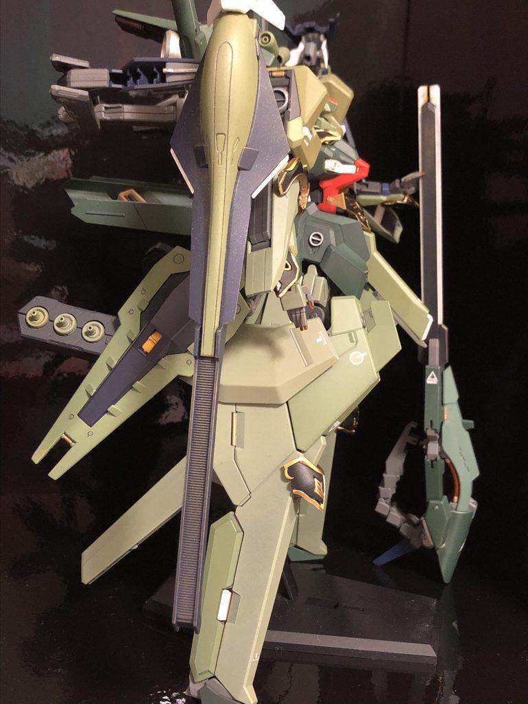 TR-6  [ハイゼンスレイII/ネオジオン譲渡仕様] アピールショット3