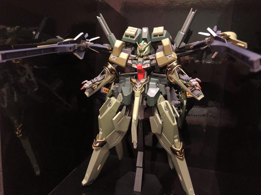 TR-6  [ハイゼンスレイII/ネオジオン譲渡仕様] アピールショット5