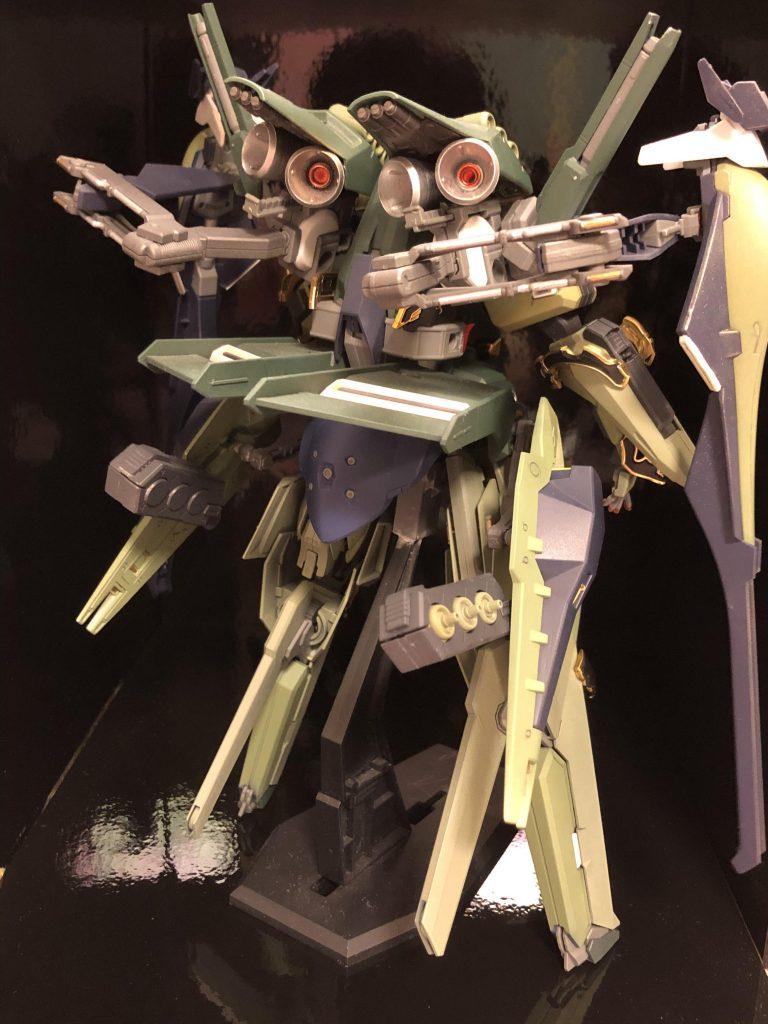 TR-6  [ハイゼンスレイII/ネオジオン譲渡仕様] アピールショット4
