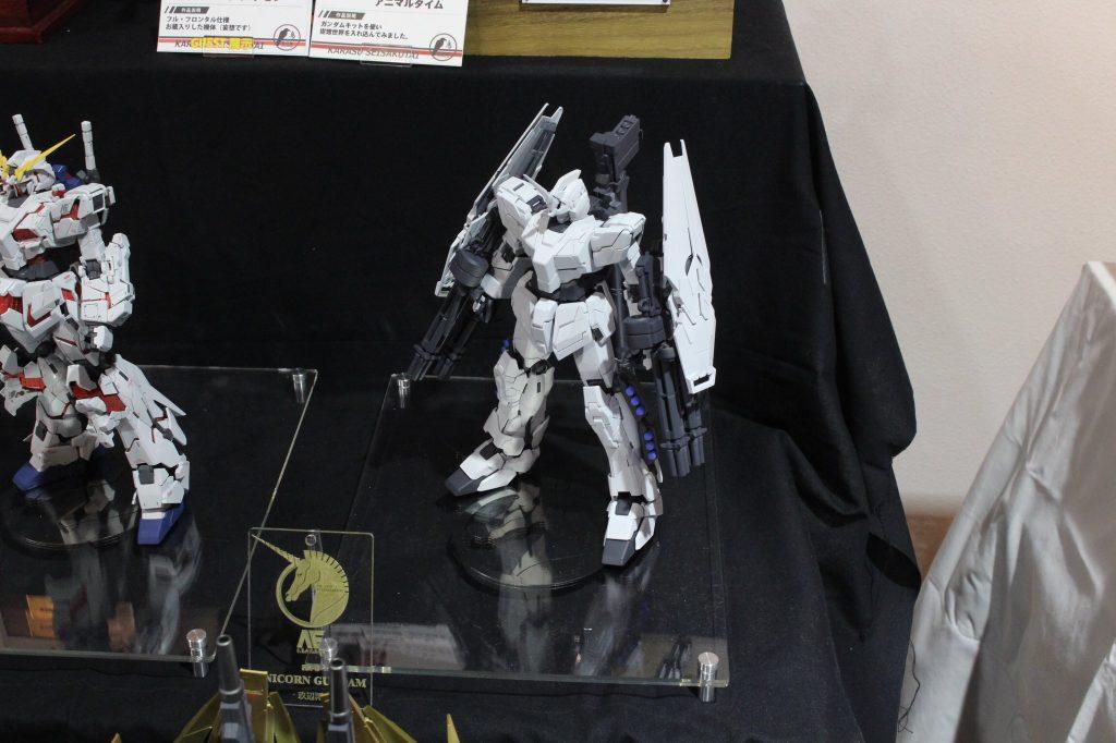 MG ユニコーンガンダム(ユニコーンモード) 制作工程3