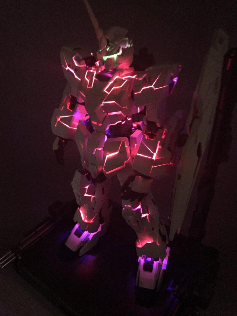 PGユニコーンガンダム&LEDユニット(過去作) アピールショット2