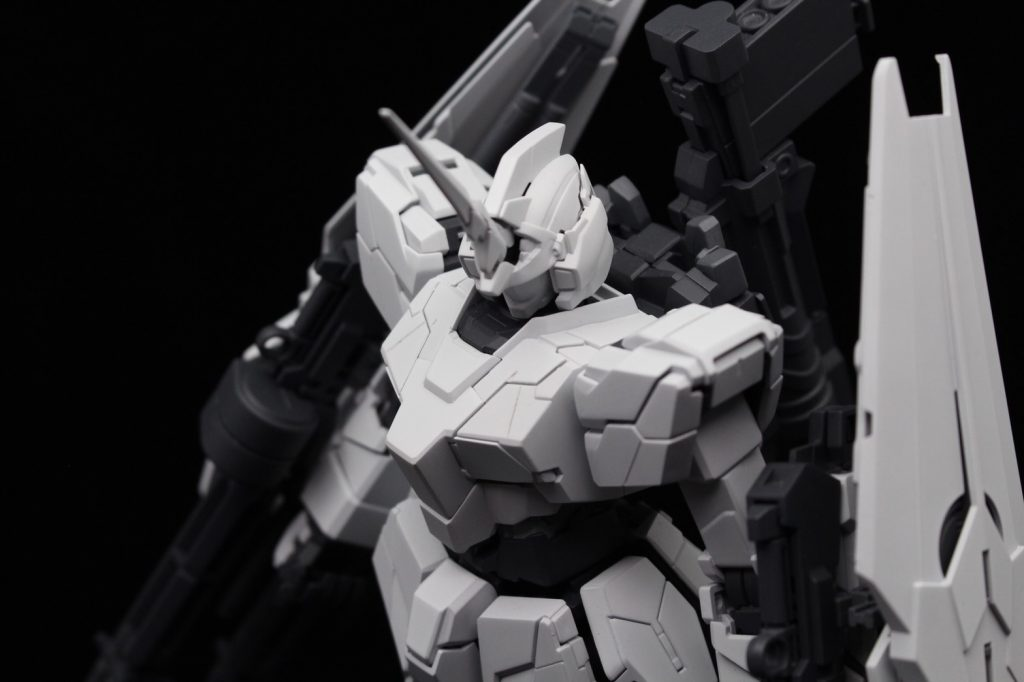 MG ユニコーンガンダム(ユニコーンモード) アピールショット4