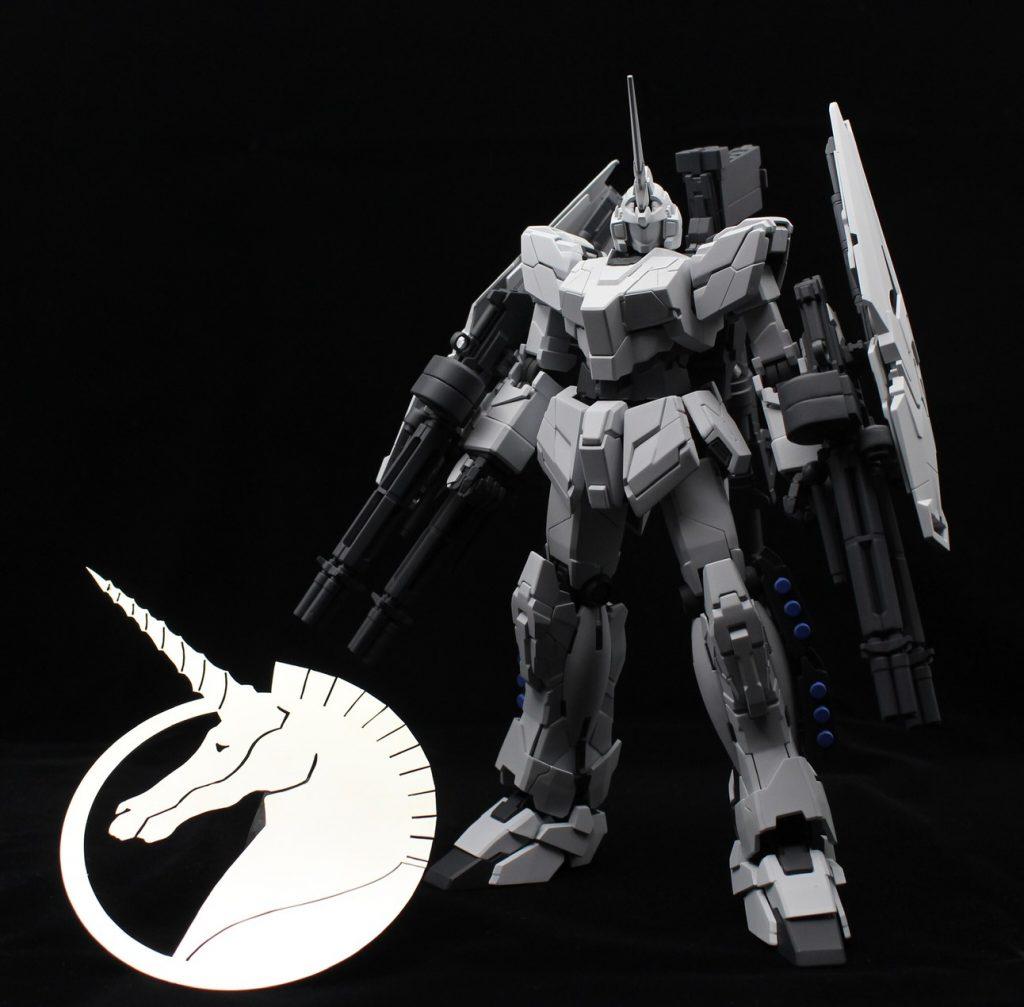 MG ユニコーンガンダム(ユニコーンモード) アピールショット2