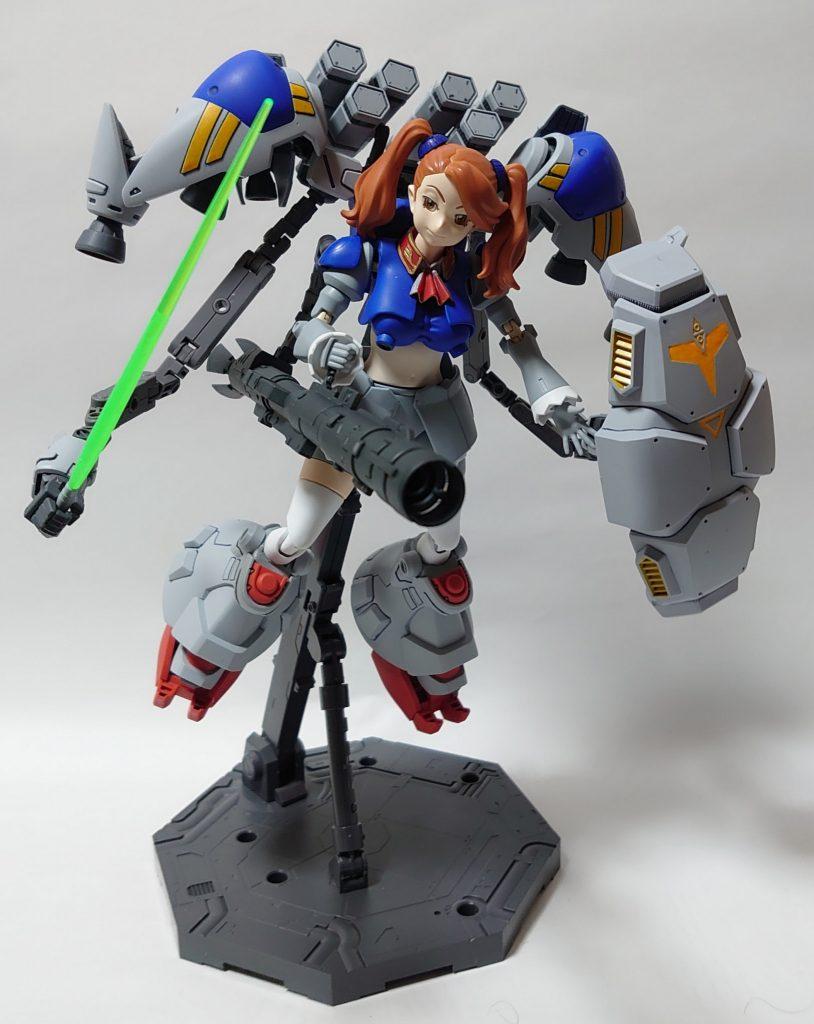 サイサリスギャン子(MLRS&ビームバズーカ複合装備) アピールショット3