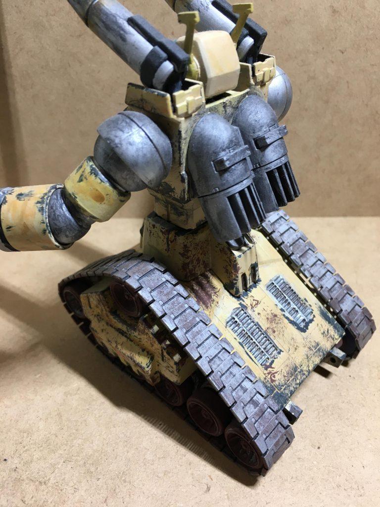 ガンタンク(デザートカラー) アピールショット1