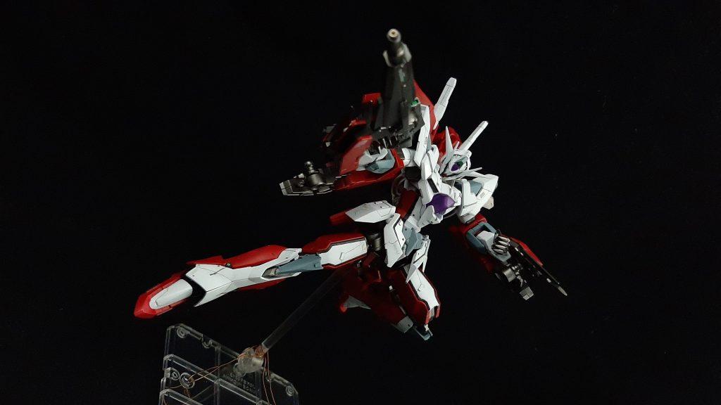 Reborns Gundam Custom アピールショット4