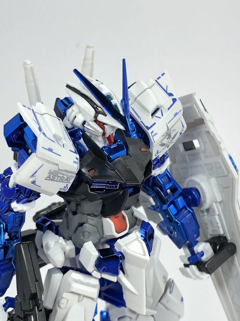 RGガンダムアストレイブルーフレーム(メッキver) アピールショット4