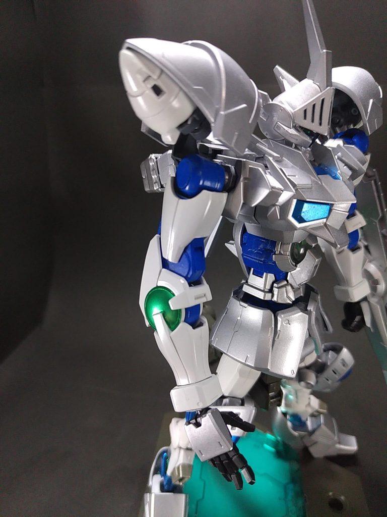 白銀の豪剣士 ガンダムシグルズ[ジークフリート] アピールショット3