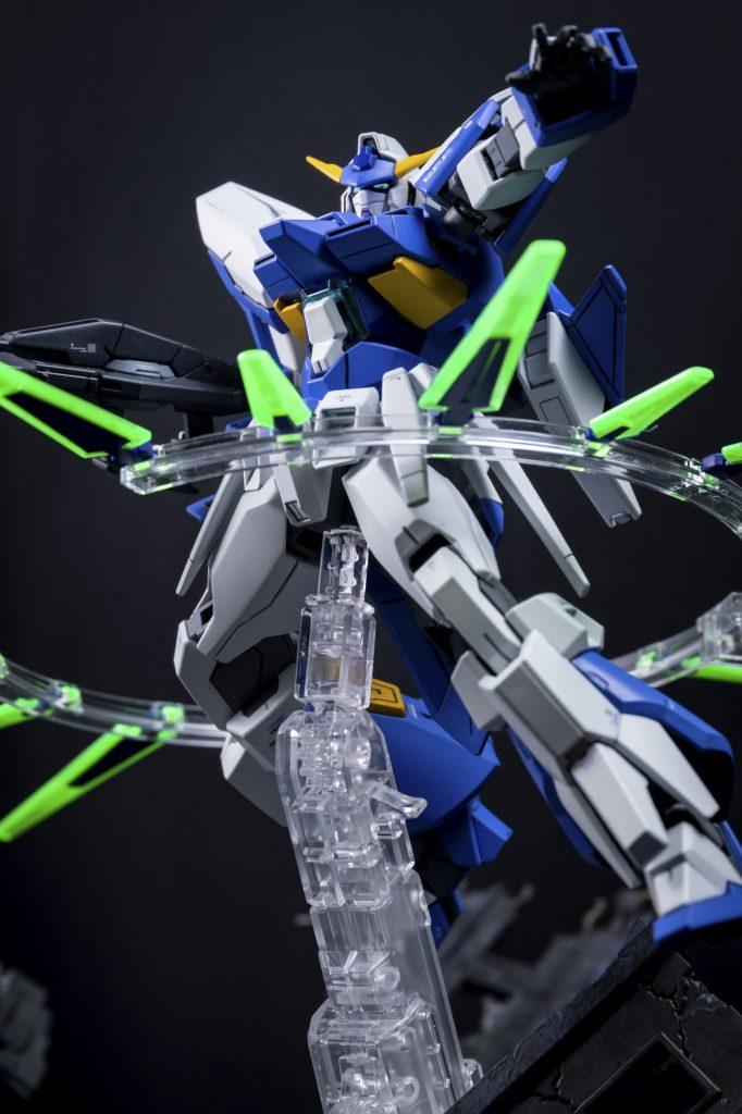 HG ガンダムAGE-FX アピールショット3