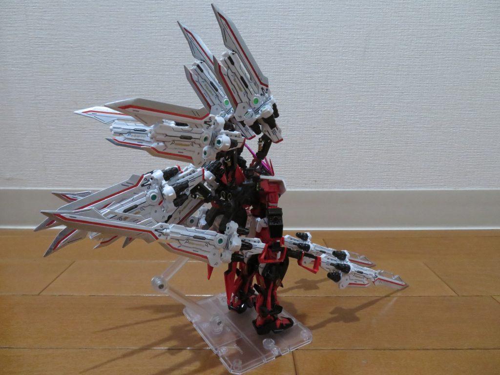 HG_ガンダムアストレイレッドフレーム フライトユニット装備