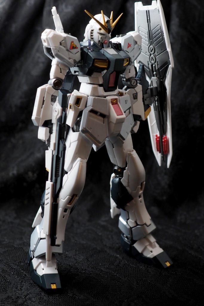 RG νガンダム(実戦装備後) アピールショット3