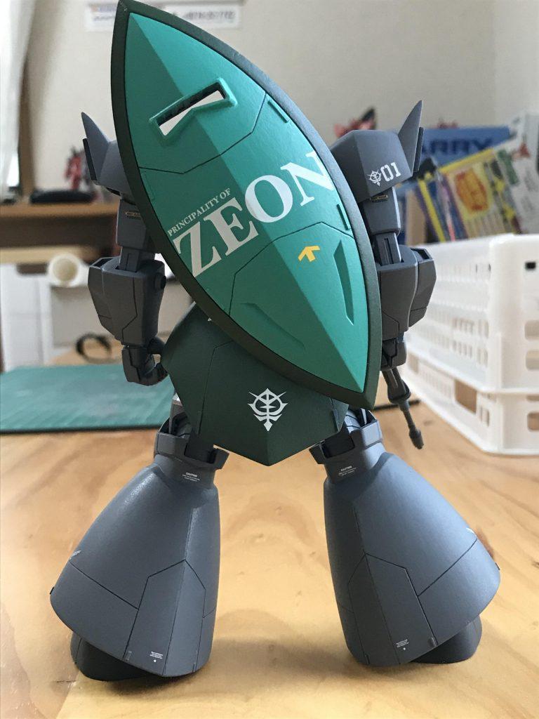 ララァ・スン少尉専用ゲルググ アピールショット3