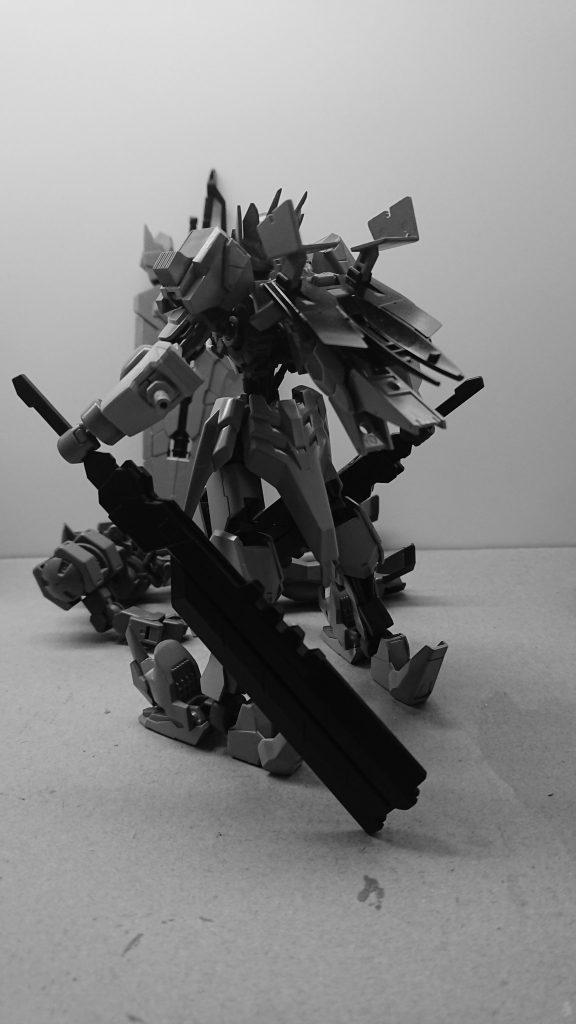 ASW-G-25 ガンダム荒神[グラシャラボラス]
