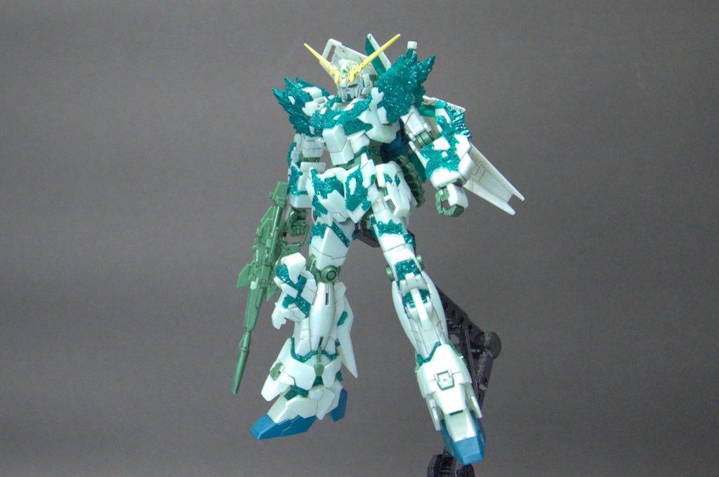 HG ユニコーンガンダム (光の結晶体) アピールショット6