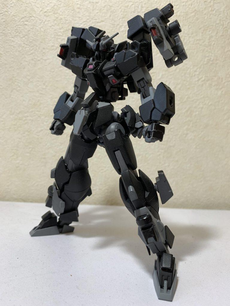 MS-typeG-07 ガンダムリベリオン アピールショット1