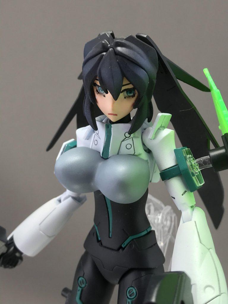 モビルドールメイ 胸部増加装甲 アピールショット3