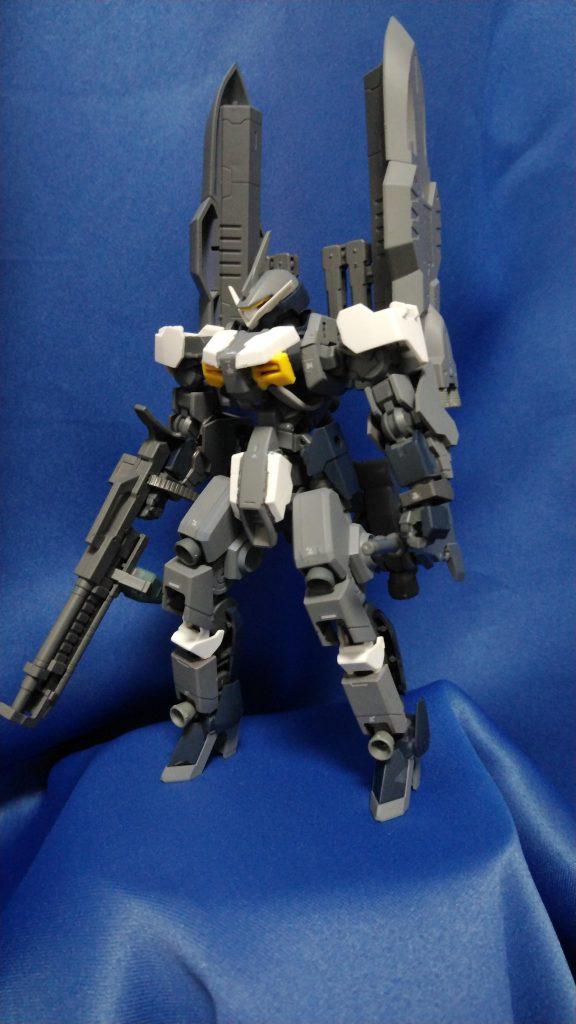 EB-XX グレイズゼルトナー アピールショット1