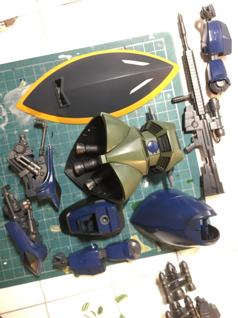 MG/ゲルググ(ガトー専用機) 制作工程2