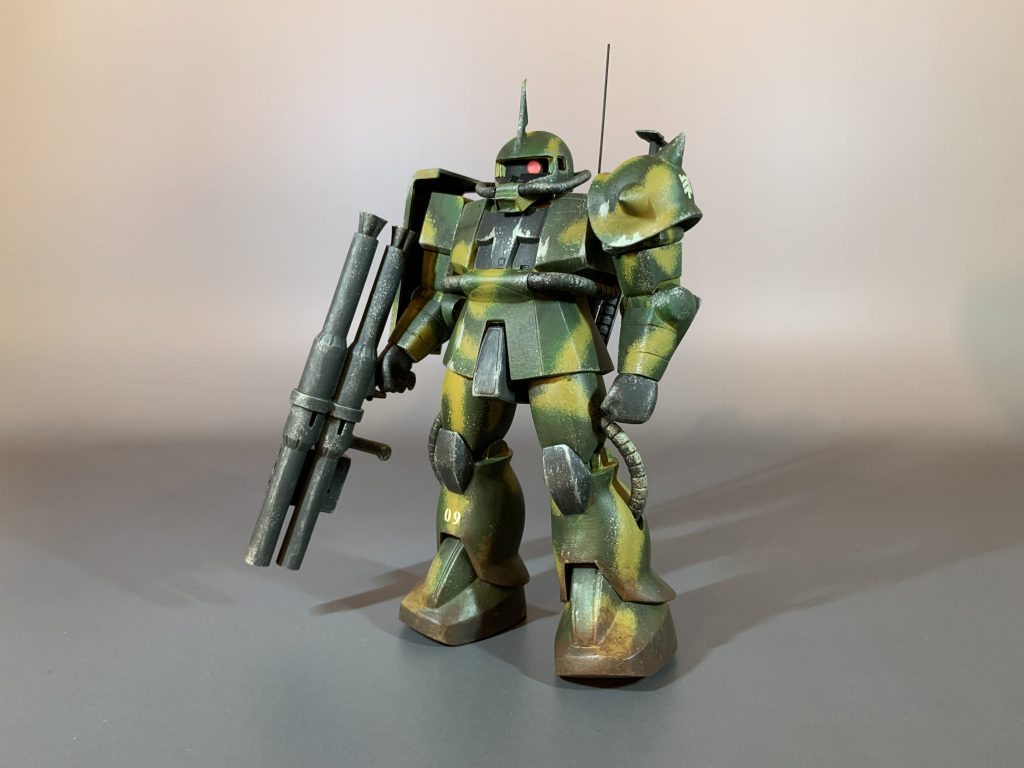 MSVザクで4色迷彩の特殊部隊ザクを製作。 アピールショット1