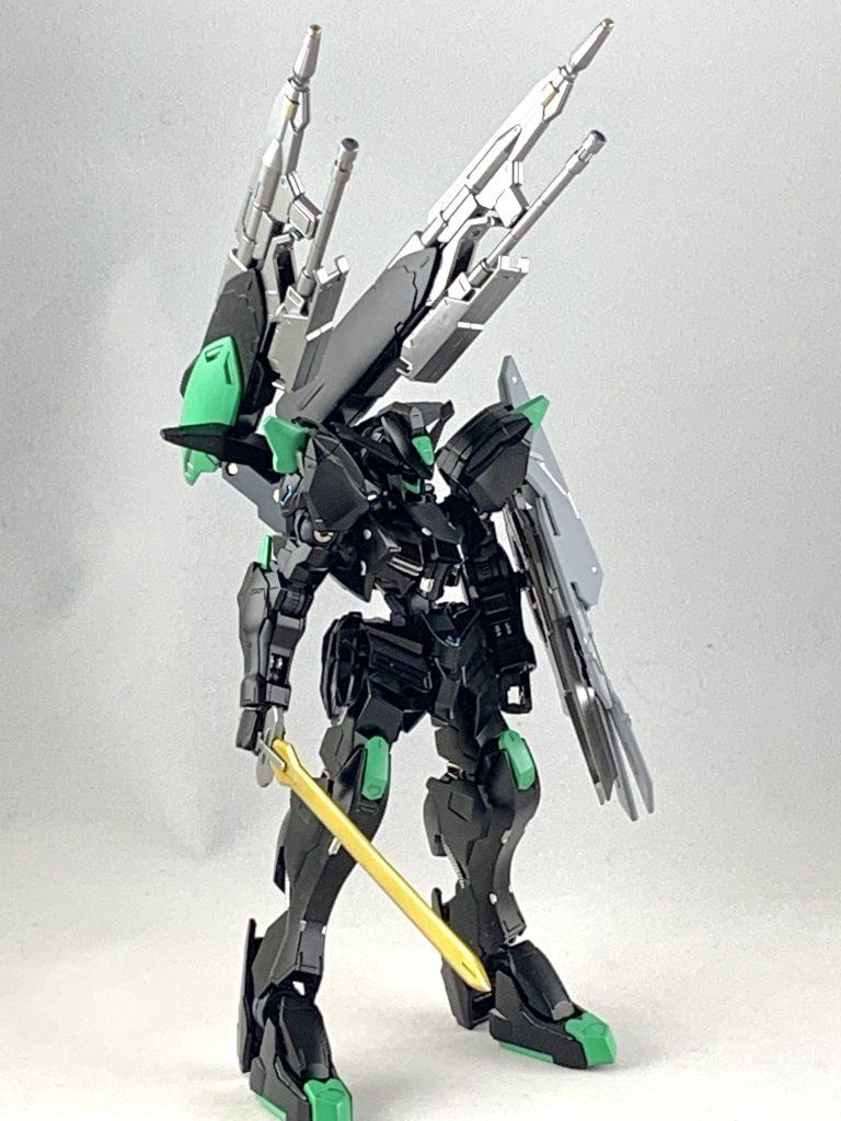 ASW-G-01/E ガンダムバエル・エラー アピールショット1