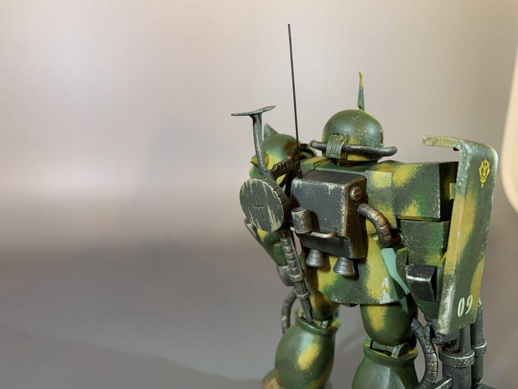 MSVザクで4色迷彩の特殊部隊ザクを製作。 アピールショット2