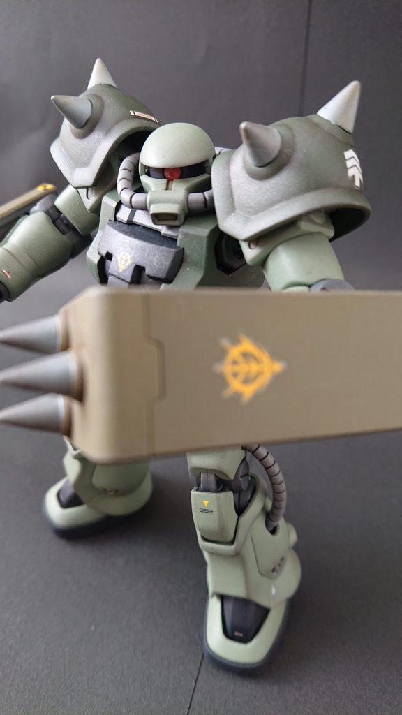 hgucザクⅡF2(近接格闘仕様) アピールショット3