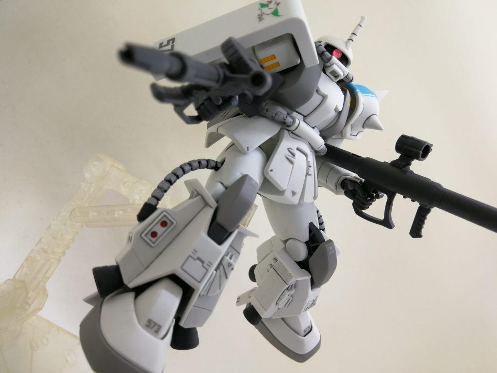 シン・マツナガ専用ザクⅡ アピールショット2