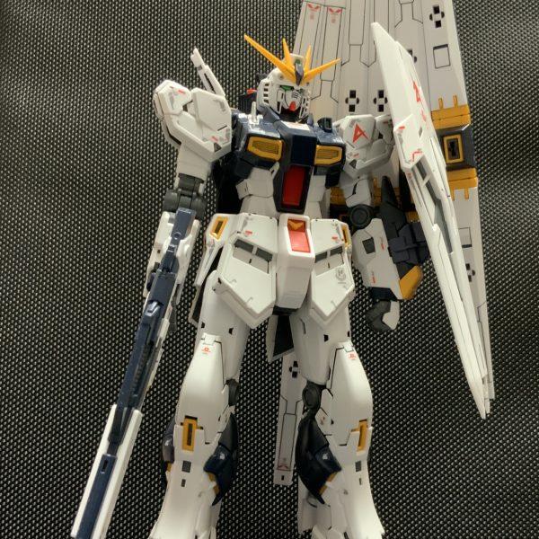 RG 1/144 RX-93 νガンダム