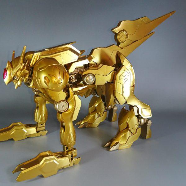 狼座の黄金聖衣