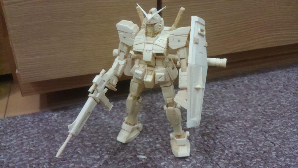 RX‐78ガンダム(1/144)木製