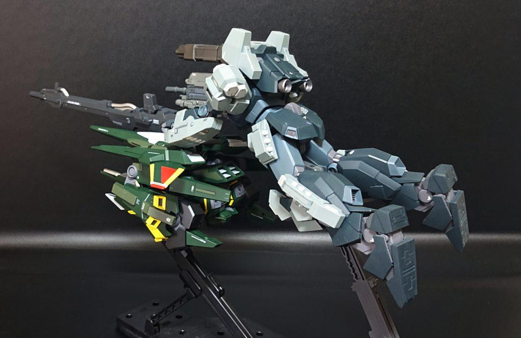 MG リゼル隊長機