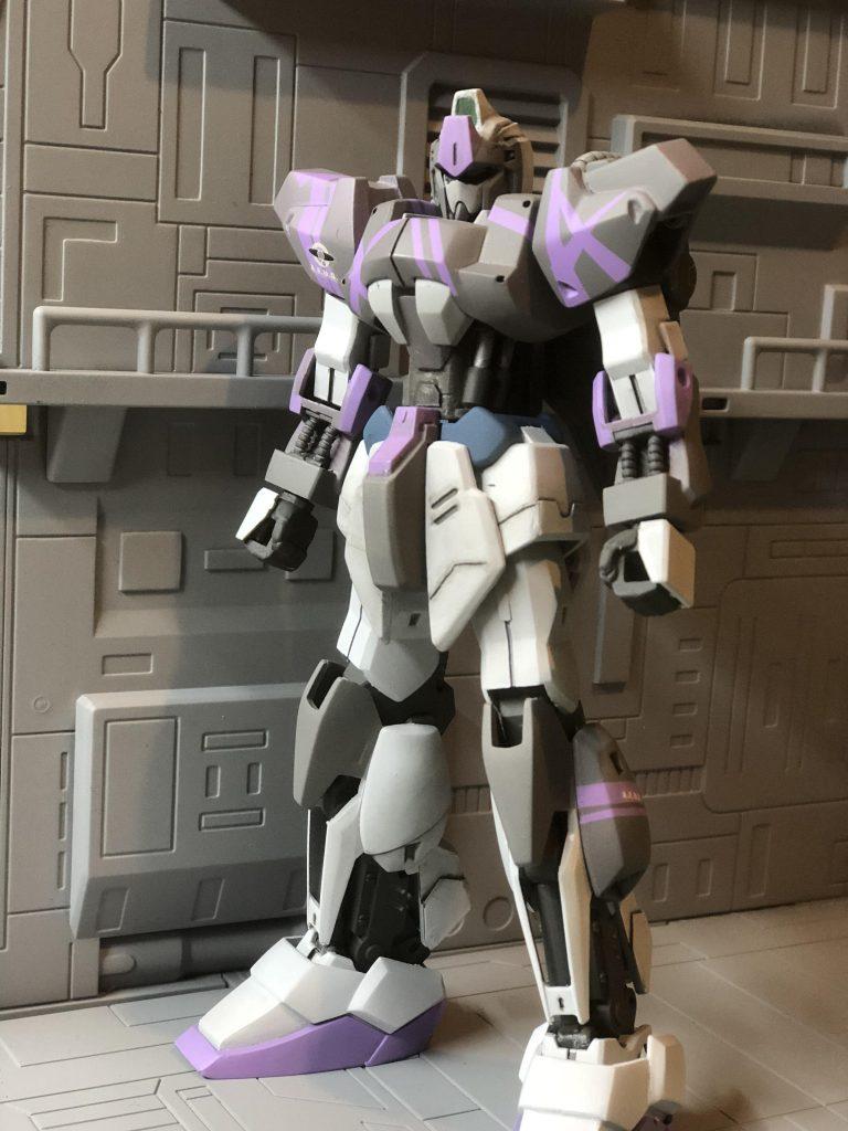 百式(zガンダム3号機カラー)