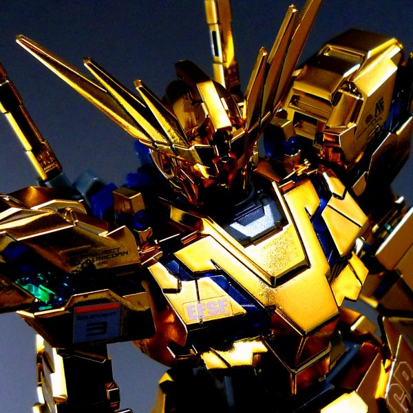 【1/144:UNICORN GUNDAM 03《PHENEX》】