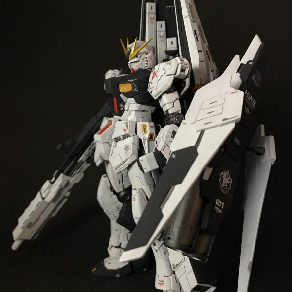 νガンダム HWS(Half Weapon System)