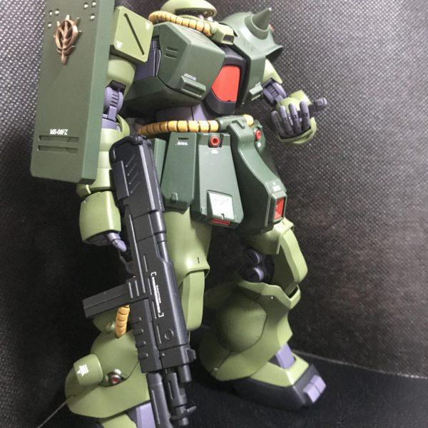 RE/100ザクII改